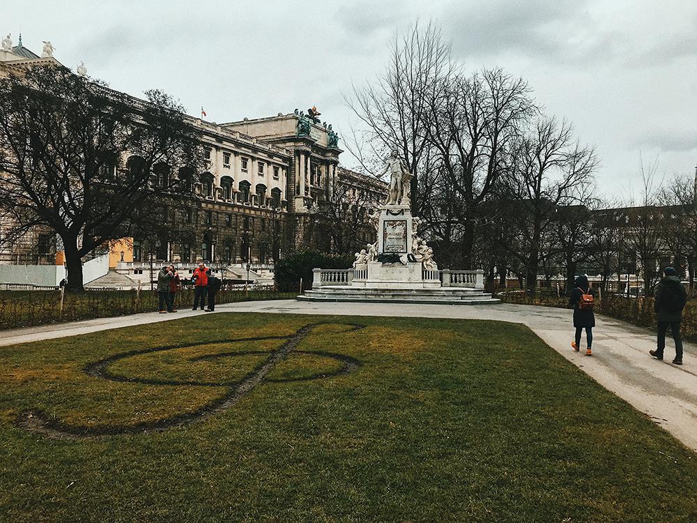 Mozartdenkmal, Viena.