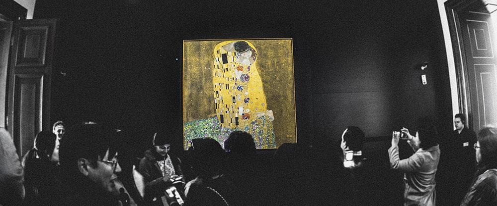 El beso, de Gustav Klimt en el Museo Belvedere.