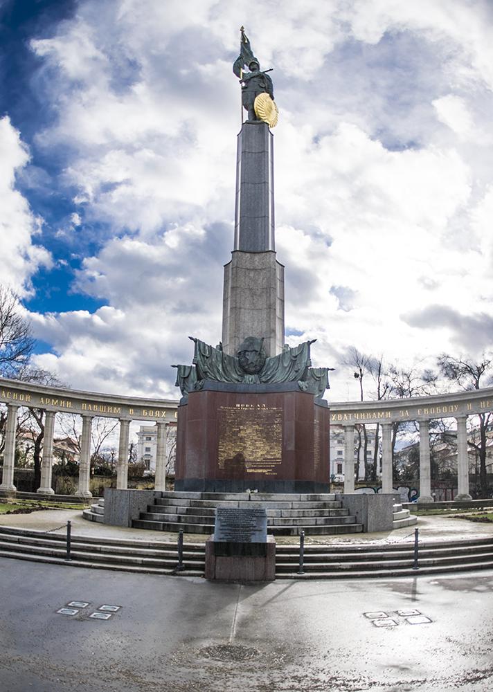 Monumento a los soldados Soviéticos, Viena.