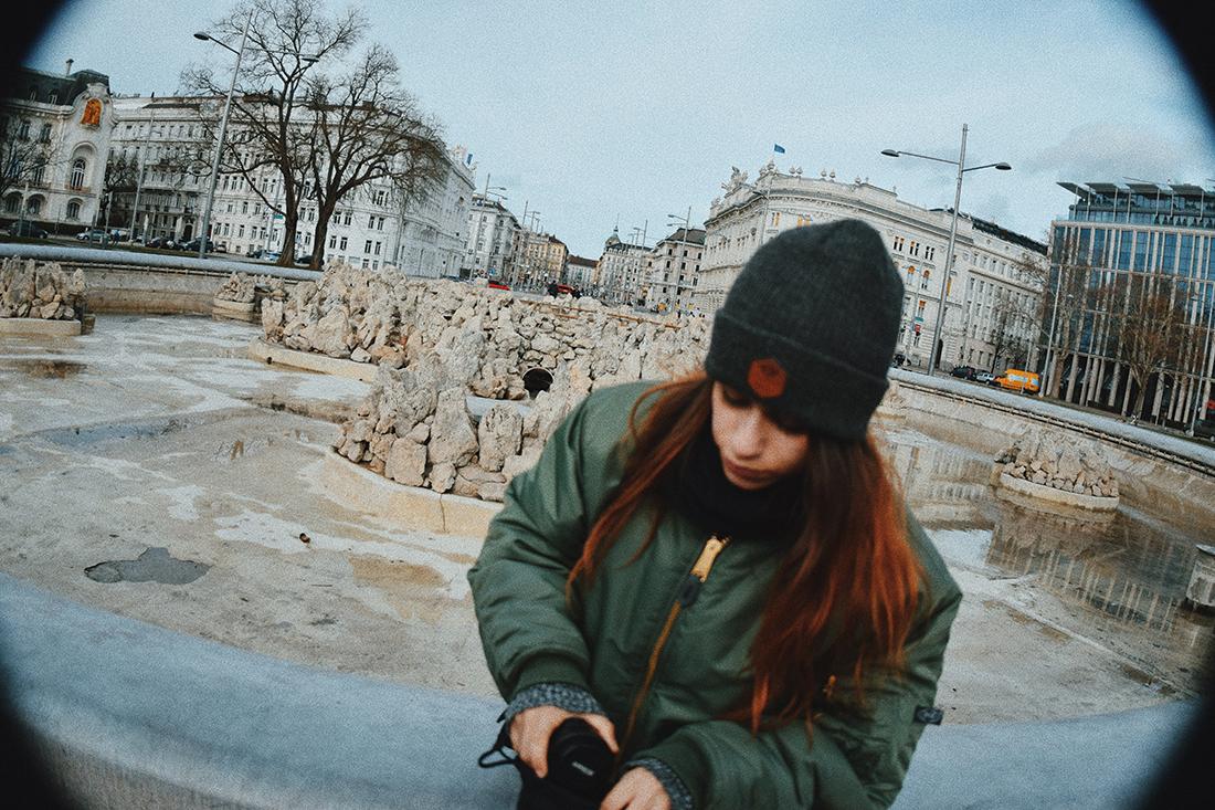Foto frente a la Heldendenkmal der Roten Armee