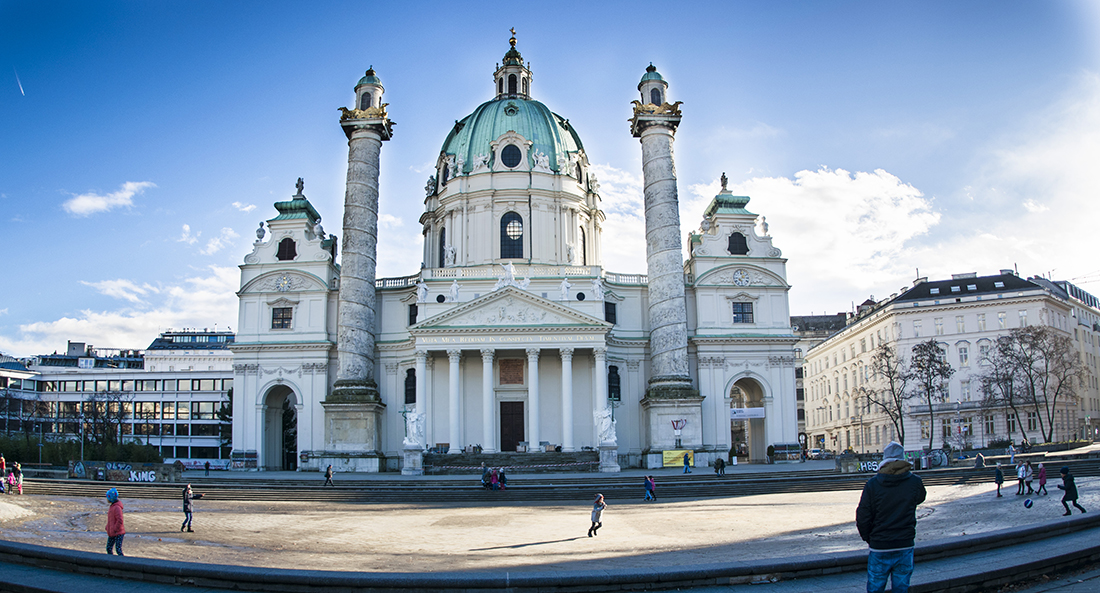 Iglesia San Carlos Borromeo, Viena.