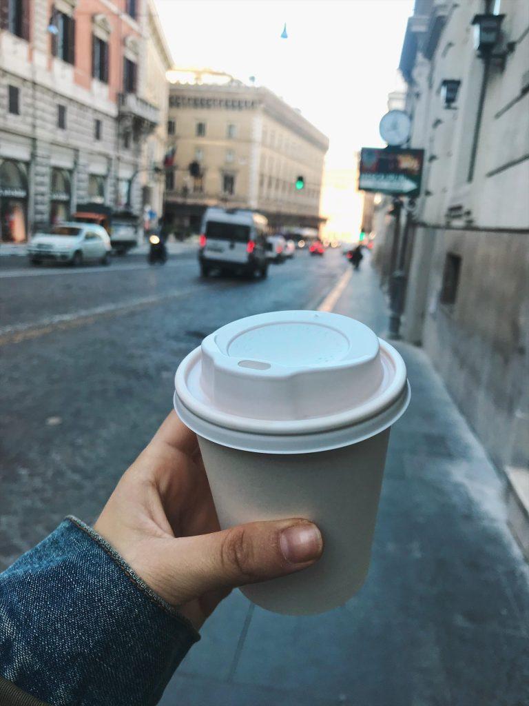 Café con leche de soja, Roma