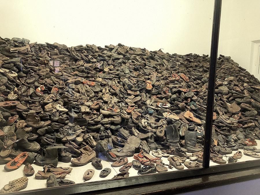 Zapatos víctimas de Auschwitz.