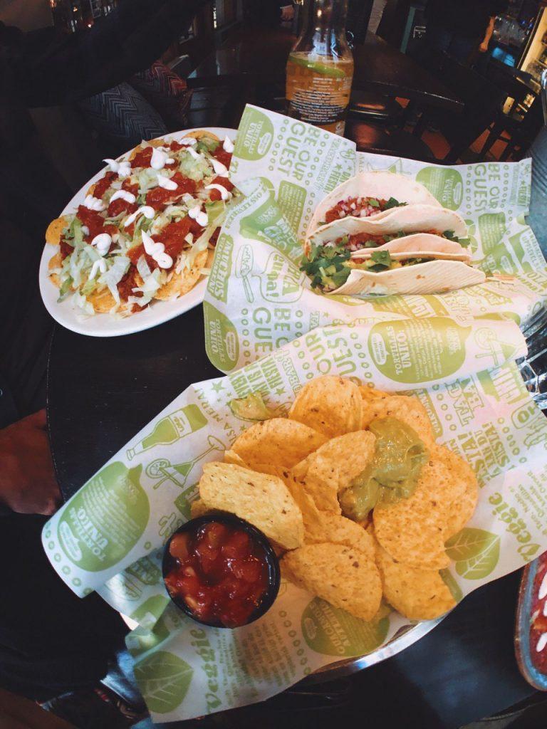 Tacos, enchiladas y nachos veganos en Estocolmo.