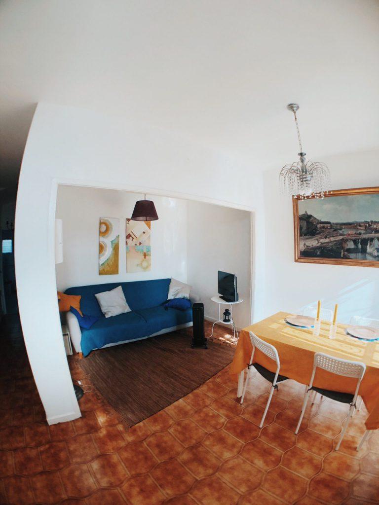 Salón del apartamento, Vila Nova de Gaia. Oporto. Alojamiento Barato. Hoteles.