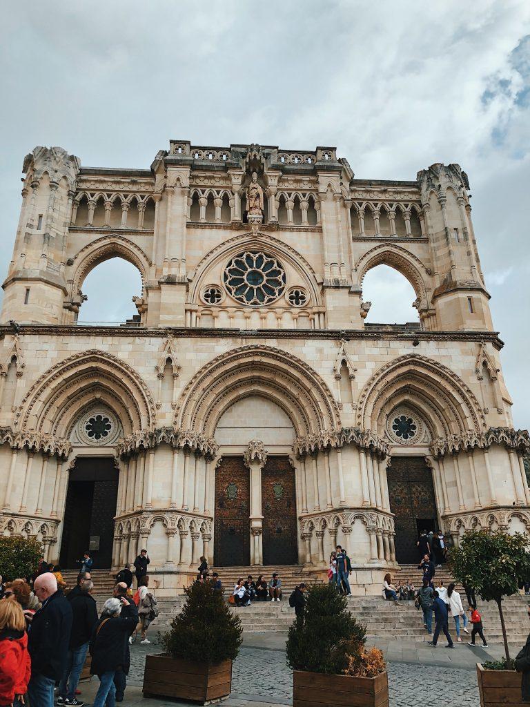 Catedral de Cuenca, viajes con perros.