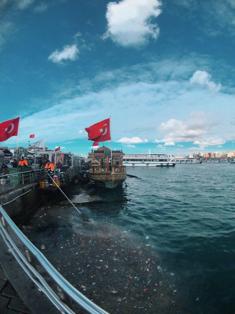 Orilla del bósforo, Estambul. Guía de viajes.