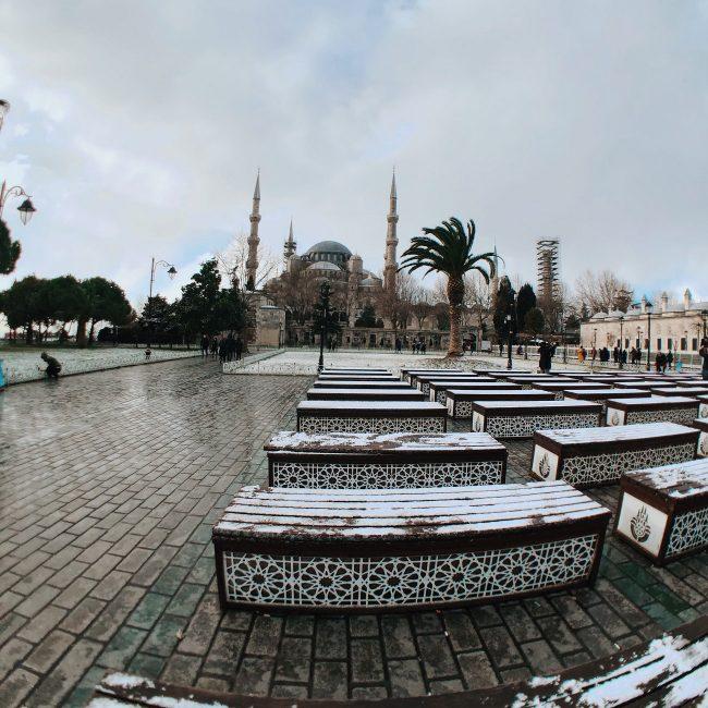 Plaza Sultanahmet, mezquita azul. Guía de viajes Estambul.