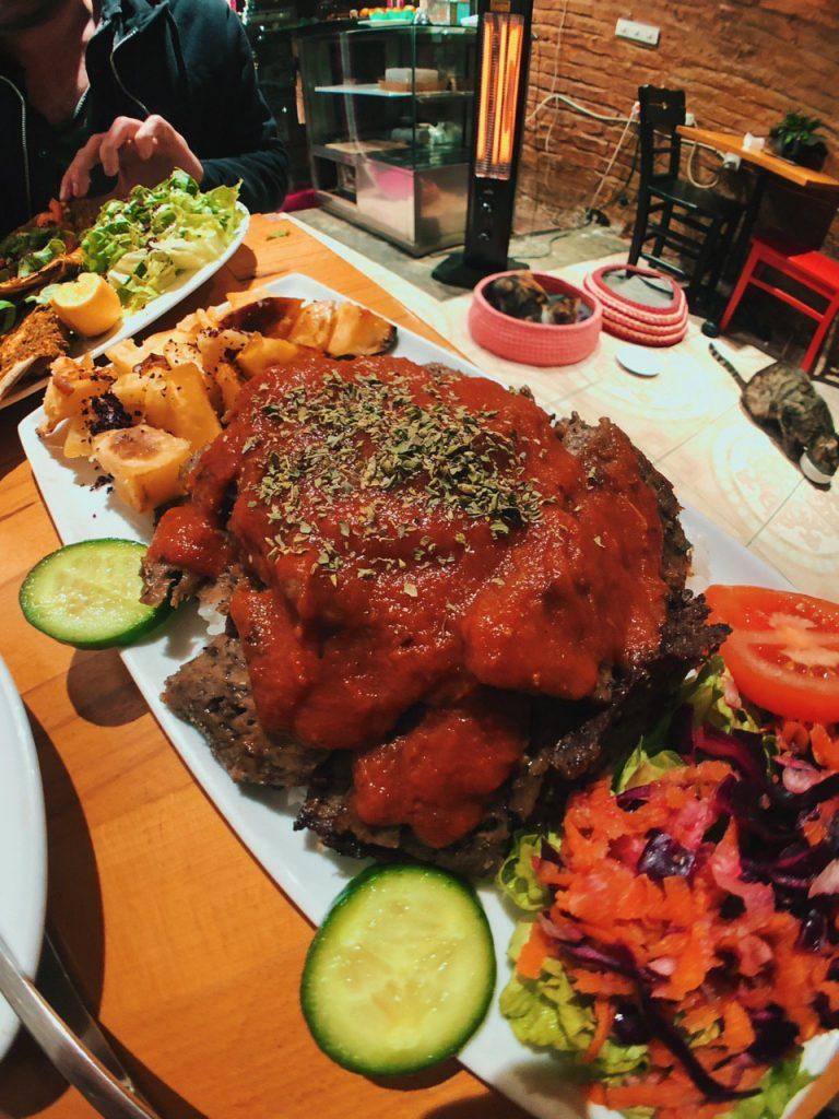 Kebab vegano en Estambul, guía de viaje.
