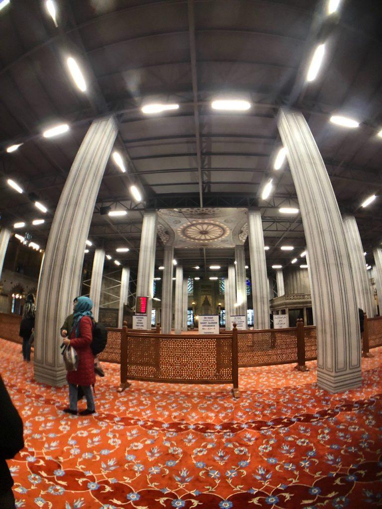 Interior mezquita azul en obras. Enero 2020. Blog de viajes.