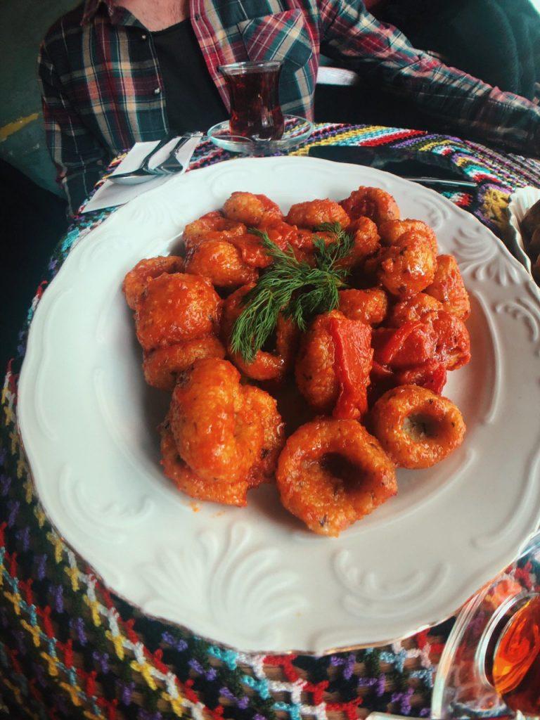 Restaurante vegetariano Naftalin K. Balat, Guía de viajes por Estambul.