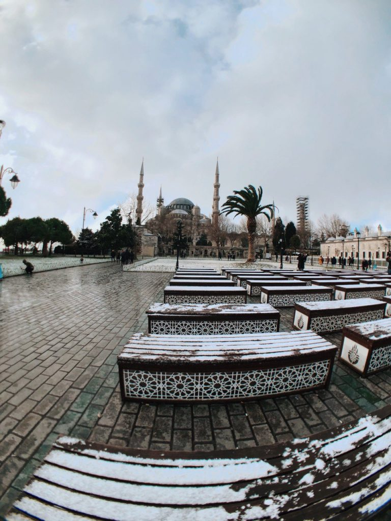 Estambul nevada, plaza sultanahmet.
